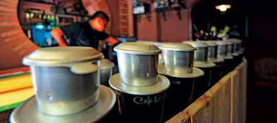 Cách pha cà phê phin ngon và đậm đà hương vị